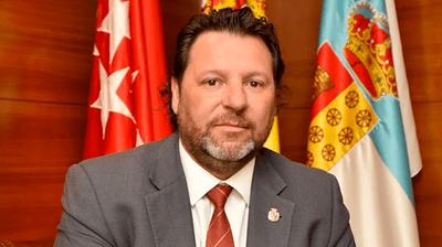 Entrevista a Javier Mellado, Director General de EMUGESA, en el 102.3 FM sobre el cambio en la gestión de la Empresa Municipal y su cambio de denominación.