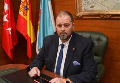 Entrevista al Alcalde de Arroyomolinos, Andrés Martínez, en Radio Sol XXI sobre seguridad y el proyecto de desvío de las torres de alta tensión.