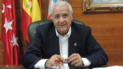 Entrevista al Alcalde de Arroyomolinos, Carlos Ruipérez, en Ser Madrid Oeste por el premio de la Escoba de Platino 2018 que recibió nuestra ciudad.