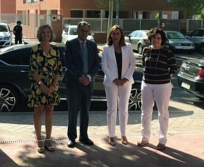 La alcaldesa y el consejero de Educación, visitan la nueva fase del CEIP Averroes