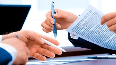 Bases por las que se regula la convocatoria para la provisión temporal  de una plaza de ABOGADO, mediante comisión de  servicios