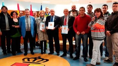 Firma del nuevo convenio colectivo del personal funcionario y laboral del Ayuntamiento de Arroyomolinos