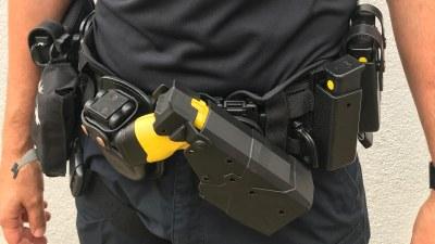 Arroyomolinos, primer municipio de Madrid en el que la Policía Local usará armas Táser con todos sus agentes formados