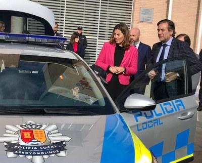 El Ayuntamiento moderniza su flota de vehículos policiales, sustituyendo tres patrullas diésel por otras tantas híbridas autorecargables