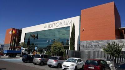 Arroyomolinos abre las puertas de la Sala de Exposiciones del Edificio de la Escuela de las Artes para exponer en 2018