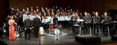 El Ayuntamiento firma un acuerdo para organizar un concierto solidario en Arroyomolinos