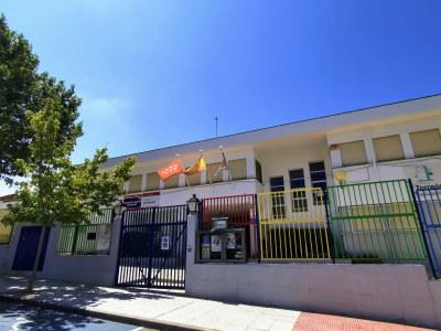 Además, la Comunidad de Madrid ha ampliado el CEIP Averroes con tres aulas para Primaria