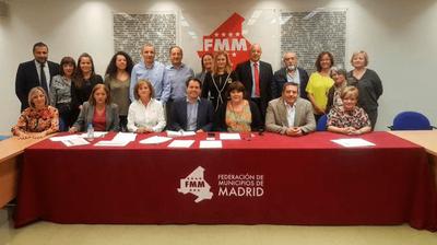 Arroyomolinos da los primeros pasos para unirse a la Red Madrileña de Agencias de Colocación Municipales de la FMM
