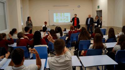 Arroyomolinos organiza encuentros de orientación formativa y laboral con alumnos de  4º de la ESO y Bachillerato