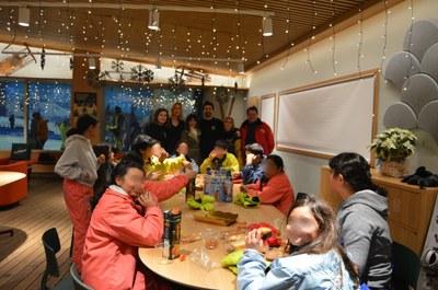 El Ayuntamiento y Madrid Snow Zone, juntos en una jornada de ocio inclusivo con 22 menores