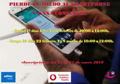 Entre el 1 de febrero y el 8 de marzo se realizarán diversos talleres dirigidos a mayores con el objetivo de ganar confianza en el uso del smartphone.