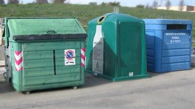 El Ayuntamiento instala 40 nuevos contenedores para la recogida de residuos de vidrio