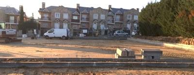 Esta semana concluirán las obras del nuevo aparcamiento de c/ Miguel de Cervantes