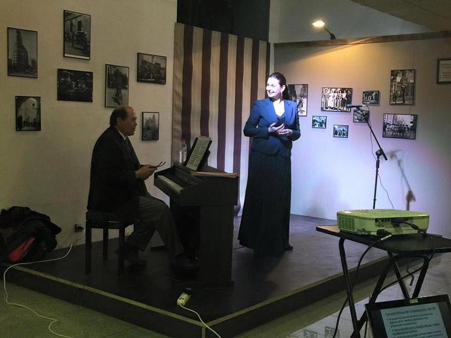 Inauguración del Teatro Café El Diván en Arroyomolinos