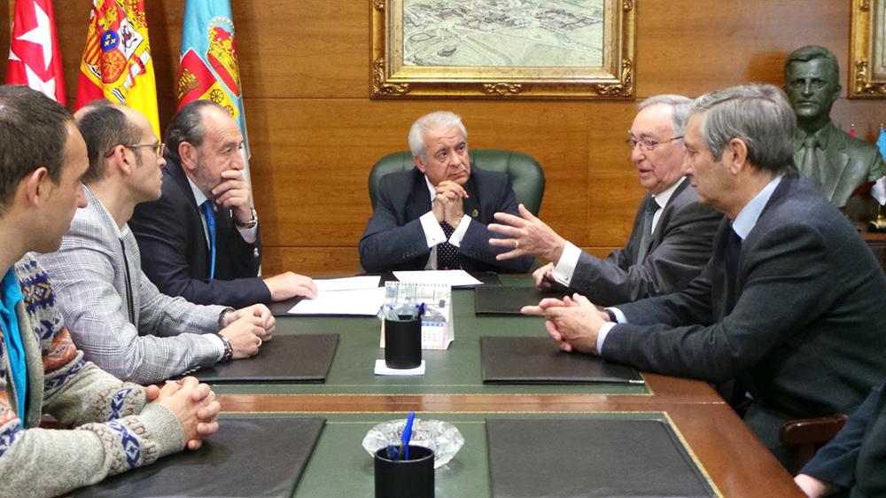 Acuerdo Ayuntamiento de Arroyomolinos Federación de Fútbol de Madrid